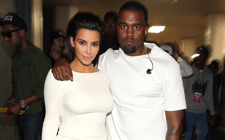 Kim Kardashian e Kanye West genitori per la terza volta